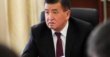 Премьер-министр мамлекеттик кызматтардын штатын көбөйтүүгө мараторий киргизди
