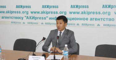 Кандидат в депутаты У.Кутманбаев требует от Аламединской ТИК найти его документы