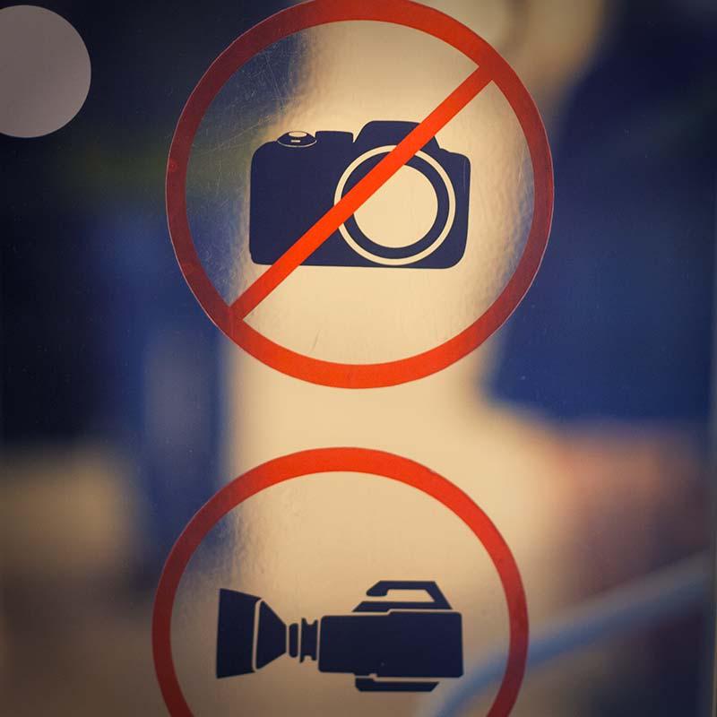 Почему в магазинах нельзя фотографировать