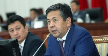 Taiyrbek Sarpashev: Foreigners in Kyrgyzstan not to contact with officials in registration since 2017