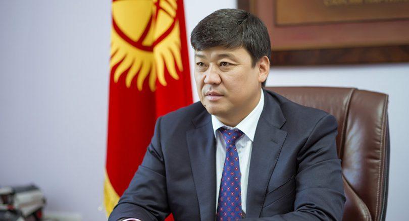 Бакыт Төрөбаев президенттик кызматка ат салышарын билдирди