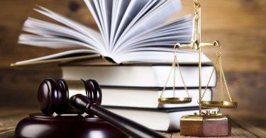 Недоверие судьям. Депутаты хотят, чтобы вопрос обсудила дисциплинарная комиссия
