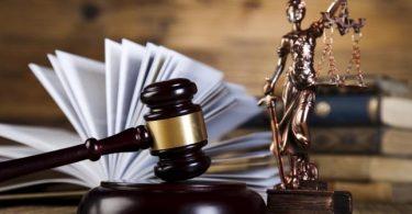 Президента просят не допускать к переизбранию 20 судей. Кого и почему