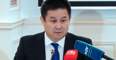Досалы Эсеналиев: Оснований для досрочных парламентских выборов нет