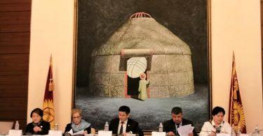 В Кыргызстане для совершенствования выборных процессов делается очень многое и в правильном направлении, считает директор БДИПЧ ОБСЕ