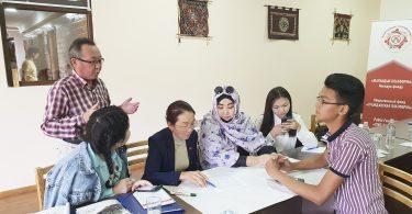 В городе Нарын завершилась летняя «Школа парламентаризма»