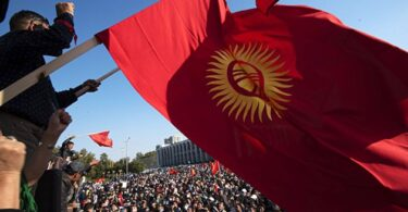 О выборном процессе и правовом коллапсе в Кыргызстане после парламентских выборов